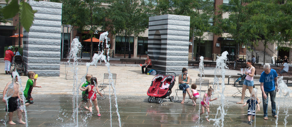 Water Feature Penrose Square, Columbia Pike